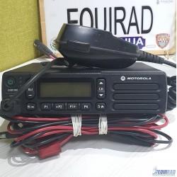 Mototrbo™ Radio Móvil De Dos Vías DEM™ 500